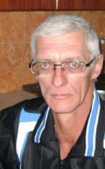 Олег Семизаров