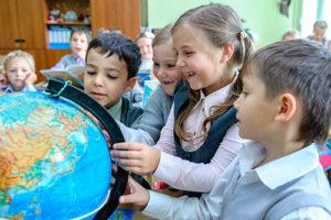 глобус дети