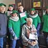 Трудотрядовцы поздравили ветеранов с Днем матери